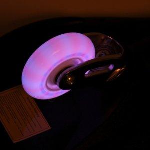 Waveboard mit Leuchtrollen